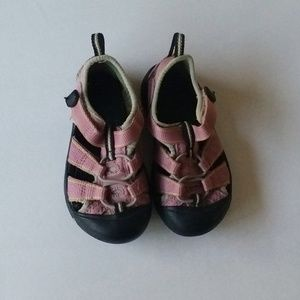 Keen Girls Water Hiking Sandals Pink Size 7